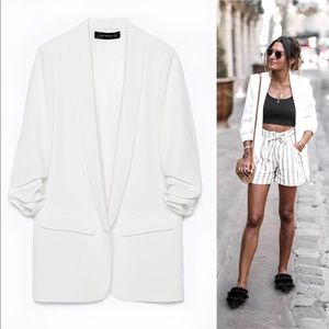 Brand new Zara white blazer with rolled up sleeves